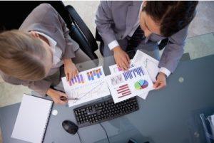Motywowanie handlowców bez budżetu